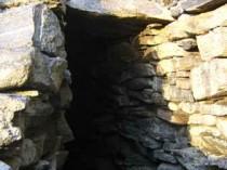 Carloway Broch innner gallery